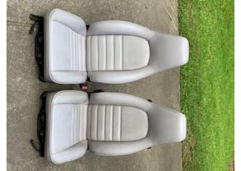 Porsche Carrera Leather power seats